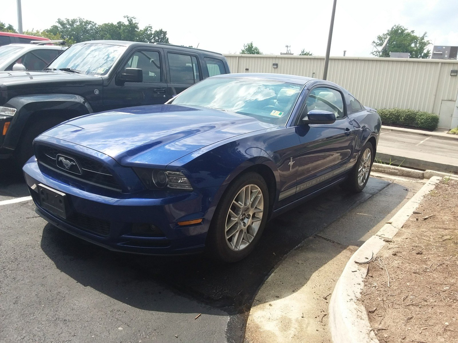 Pre Owned 2014 Ford Mustang V6 2dr Car in Richmond Y